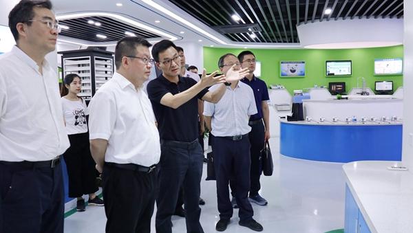 陈渝阳董事长介绍公司定位、发展历程、使命愿景与数字农业成功案例